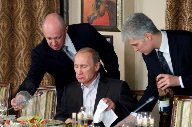 Banquet attended by Vladimir Putin, 11 Nov 11