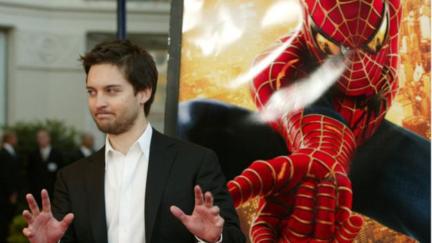 Tobey Maguire at the premiere for Spider-Man 2 in LA