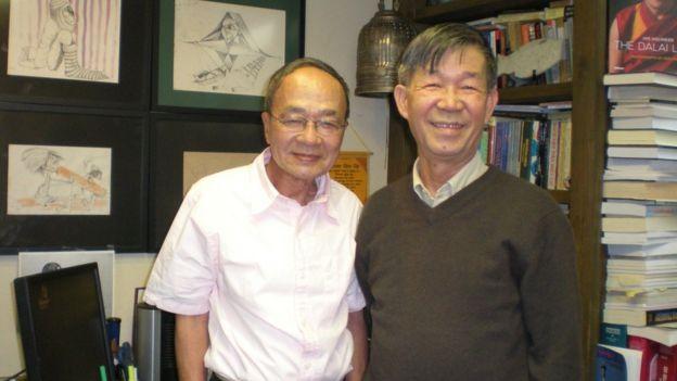 Nhà thơ Du Tử Lê (trái) cùng nhà thơ Trần Dạ Từ