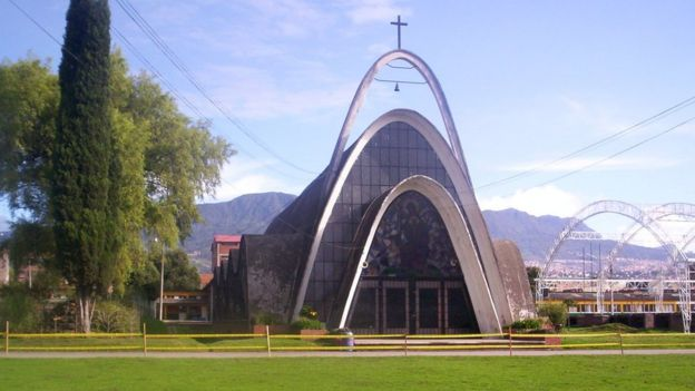Iglesia del Liceo Femenino Mercedes Nariño también fue obra de Juvenal Moya.