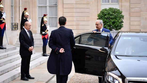 ژنرال حفتر در ماههای اخیر سفرهای دیپلماتیک قابل توجهی انجام داده است