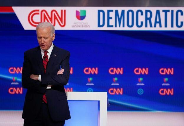 جو بايدن خلال مناظرة انتخابية في مارس/آذار الماضي