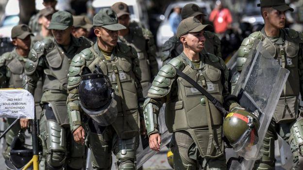 Miembros de la Guardia Nacional.