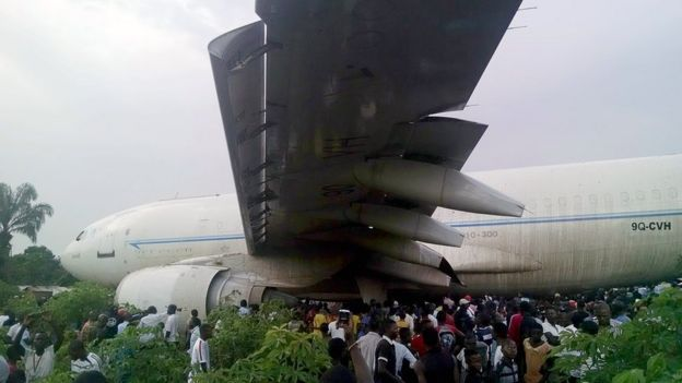 A plane in DR Congo which overshot the runway