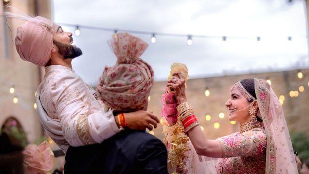 Virat Kohli and Anushka Sharma tie the knot in Italy - BBC News