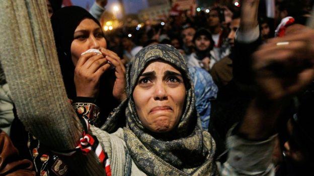 Mübarek rejiminin devrilmesinin ardından Tahrir Meydanı'nda sevinç gösterileri düzenlendi