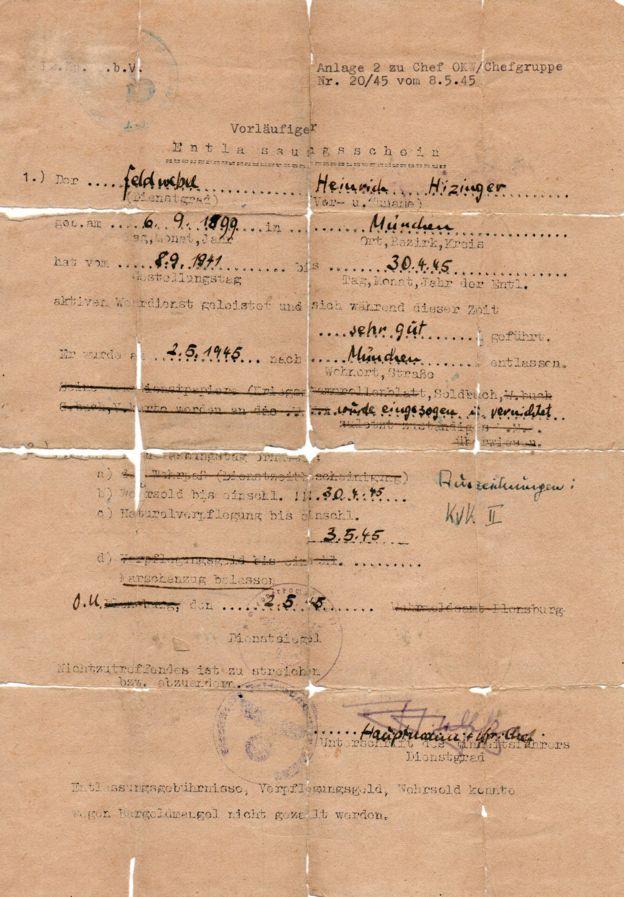 Documento falso que Himmler tentou usar para fugir