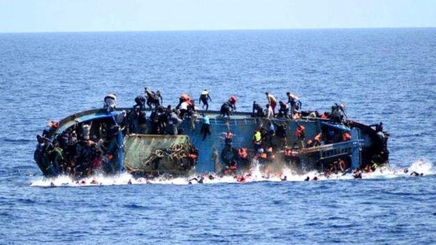 کشتی پناهجویان