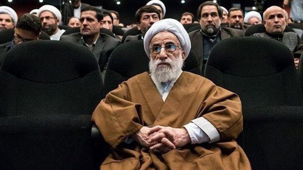 درخواست احمد جنتی از کارکنان حکومت ایران: جلوی فساد رئیستان بایستید