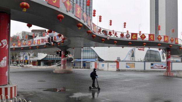 Wuhan, na China, epicentro da doença