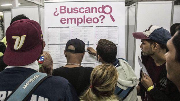 Venezolanos buscan empleo en Colombia