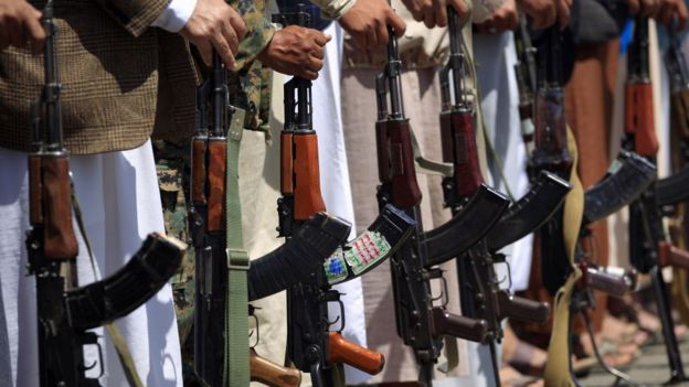 نیروهای حوثی که با سعودیها میجنگند، پیشنهاد آتشبس را نپذیرفتهاند