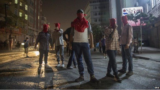 Masked anti-government protesters in Istanbul