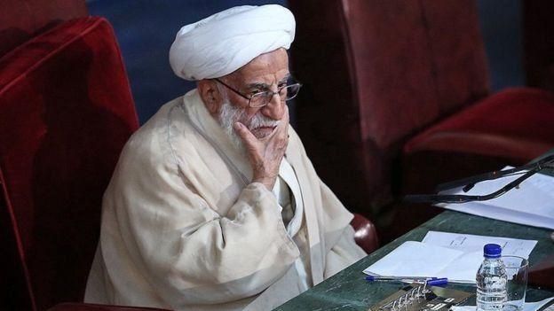احمد جنتی رئیس کمیته سه نفرهای است که به پیشنهاد آیتالله خامنهای و برای تعیین جانشینش تشکیل شد