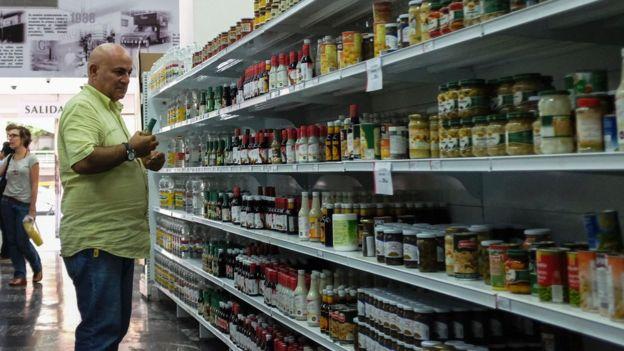 Un supermercado.