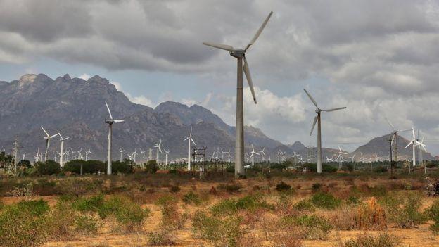 Ngành tua bin gió đã chứng kiến sự phát triển của doanh nghiệp trong thập kỷ qua khi các nước trên thế giới đổ xô xây dựng các trang trại gió