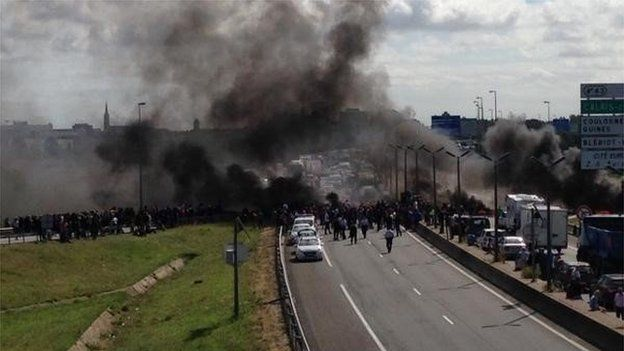 Tyres on fire in Calais