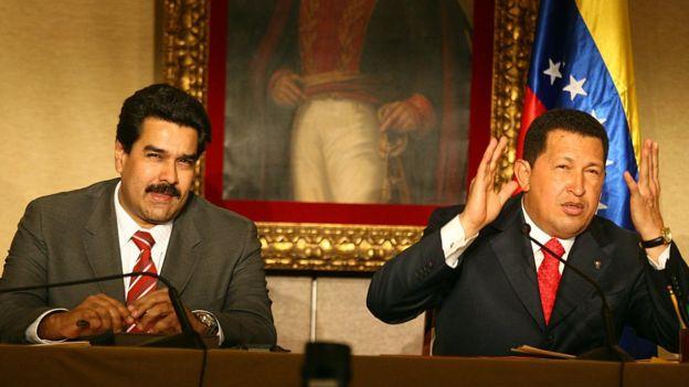 Nicolás Maduro y Hugo Chávez.