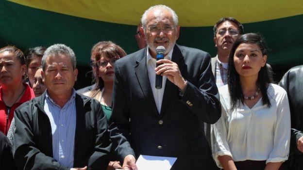 Carlos Mesa.