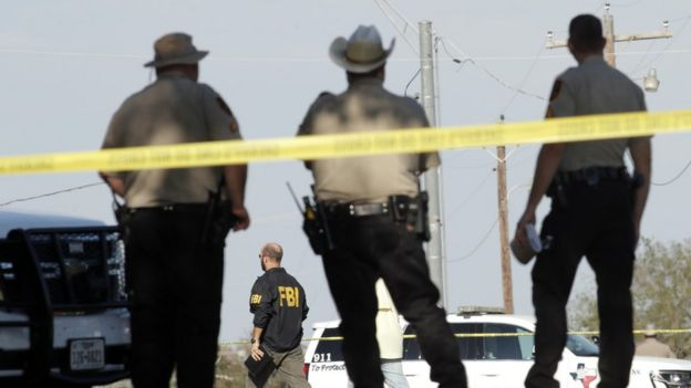 Police and FBI agents in Texas after the shooting that took place in November 2017.