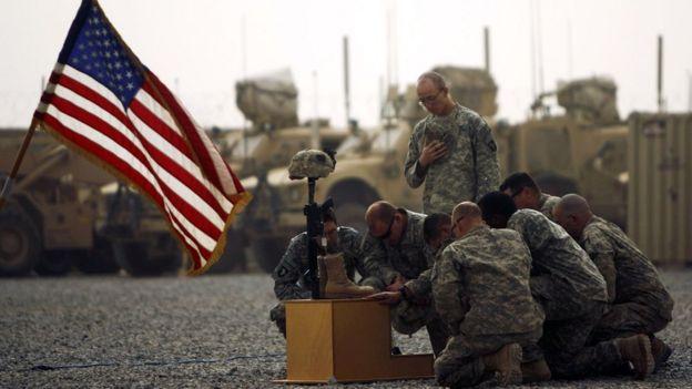 2010 yılı 14 Eylül tarihinde Afganistan'da ölen ABD askeri Todd Weawer'ın cenaze töreni