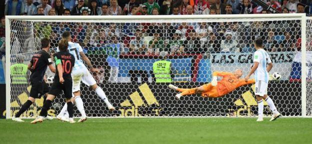 Modric marca un gol