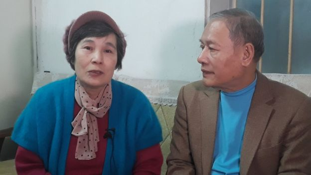 Ri Yong-hui and Pham Ngoc Canh in their Hanoi flat in Feb 2018
