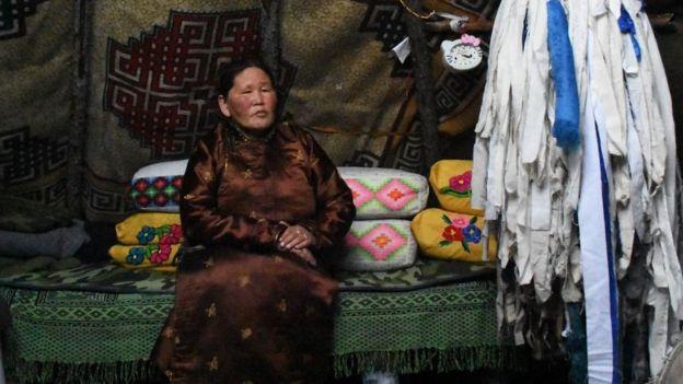 Mujer mongola