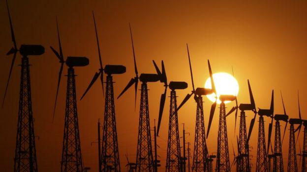 Cataventos de geração de energia no leste europeu