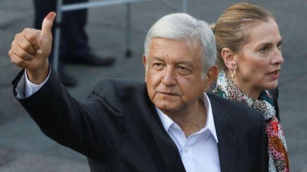年过花甲的长期左翼斗士,原墨西哥城市长奥夫拉多尔(Andrés Manuel López Obrador),历经十数载参选屡败屡战,终于在刚刚结束的墨西哥大选中修成正果,以超过53%的压倒优势胜出。