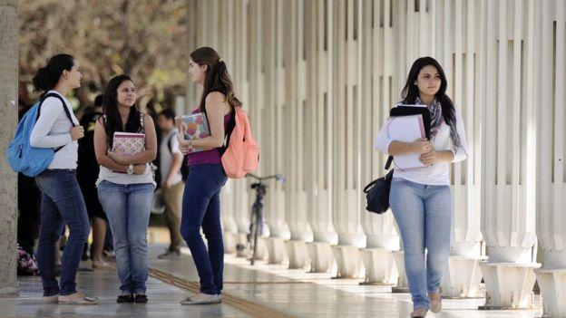 Jovens universitárias em Brasília, em foto de arquivo