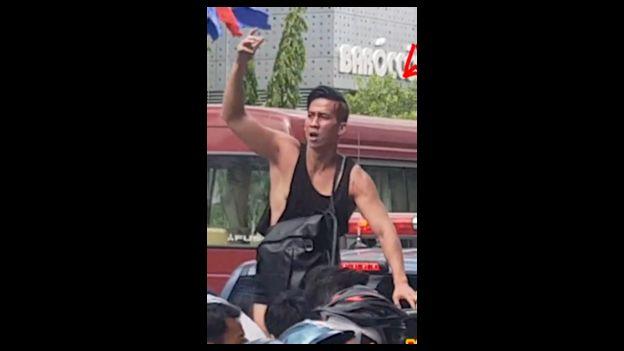 Will Nguyễn hôm 10/6/2018 trong lúc tìm cách mở đường cho người biểu tình, trước khi bị bắt