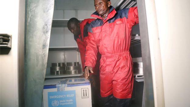 experimental ebola vaccines arrive in Congo