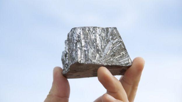 El zinc es un mineral maleable, dúctil y de color gris. Foto: Getty Images