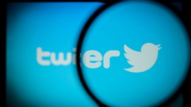 推特和脸书都在中国大陆受到封锁,无法直接访问。