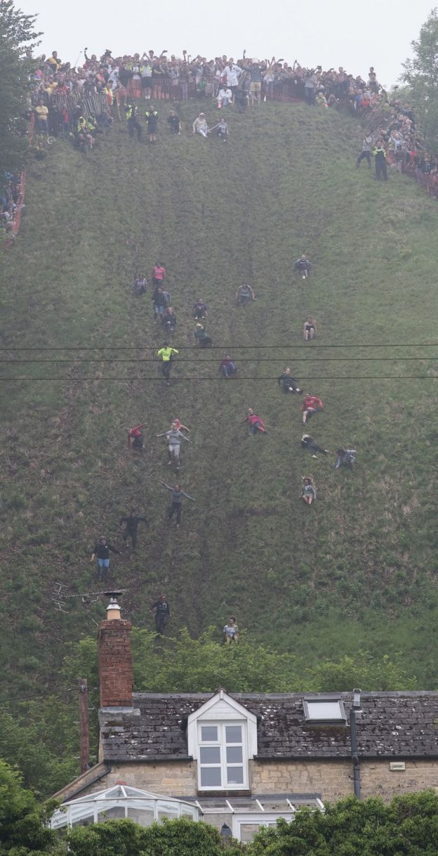 Gloucester cheese-rolling veteran breaks all-time record