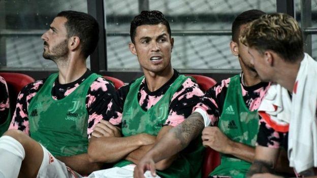 Ronaldo alitumia muda wake wote wa mechi kukaa kwenye benchi ya wa wachezaji wa ziada
