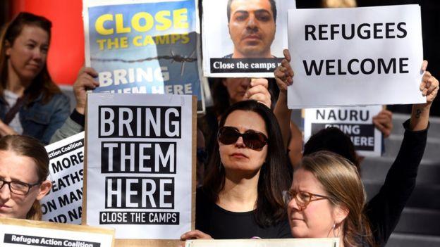 تظاهرات علیه اعزام پناهجویان