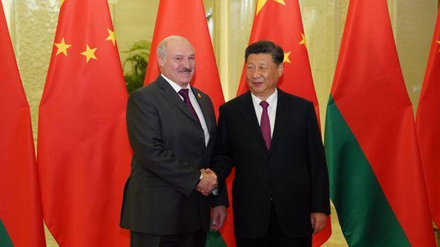 Alexandr Lukashenko y Xi Jinping.