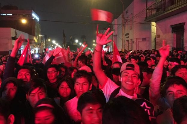 Supporters in Tacna (Photo: BBC Mundo)