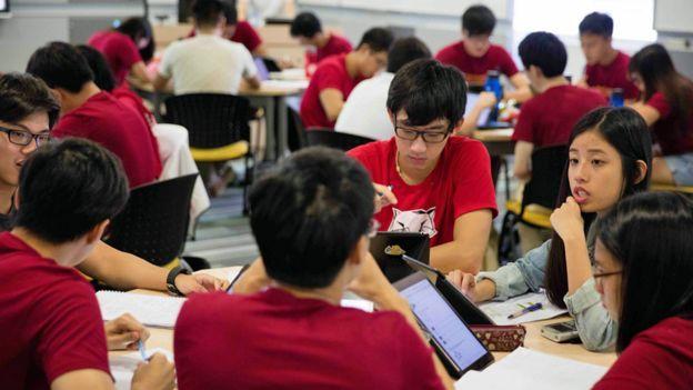 Clase de liceo en Singapur