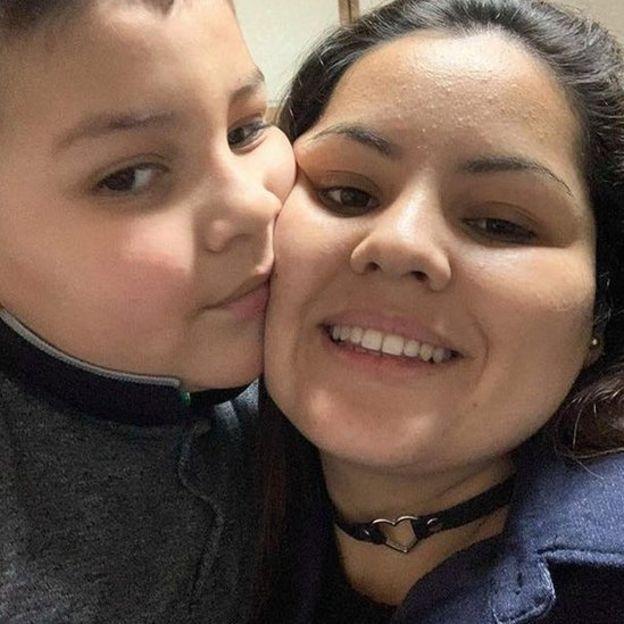 Vanessa Kanda e o filho