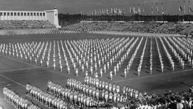 Desfile nazista