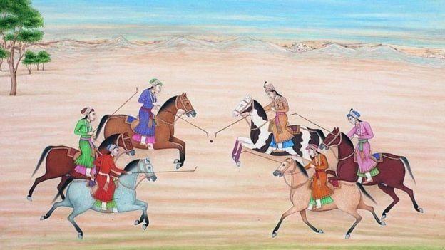 மற்ற பெண்களுடன் நூர் ஜஹான் போலோ விளையாடும் காட்சி