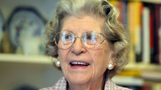 A Baronesa Trumpington em 2014