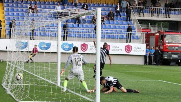 """neftchipfk.com """"Qarabağ"""" - """"Neftçi"""" 3:2 Bakcell Arenada 11 may"""