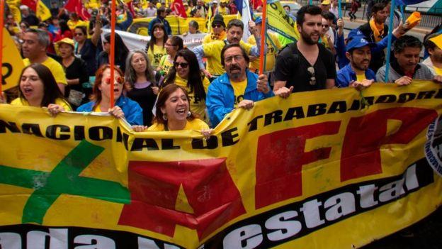 Protesta contra las AFP en Santiago.