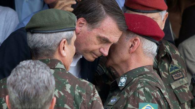 General do Exército Luiz Eduardo Ramos Baptista Pereira e o presidente Jair Bolsonaro
