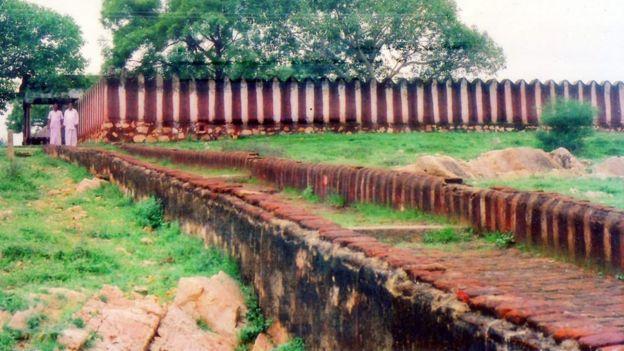 ஆதிச்சநல்லூரிலுள்ள பழமையான பாண்டிய ராஜா கோயில்