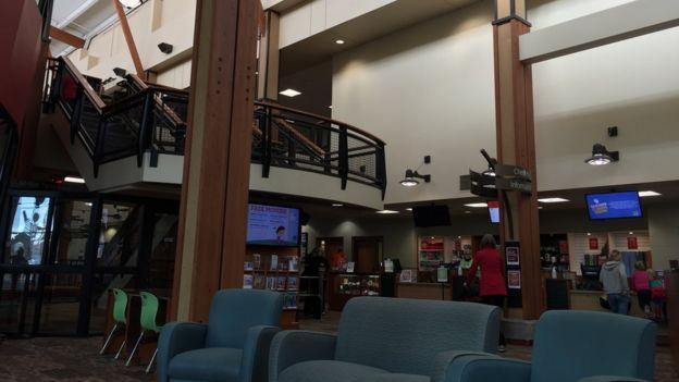 Centro comunitario en Coeur d'Alene (Foto: Beatriz Díez/BBC Mundo)